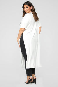 Round And Round Maxi Top - White