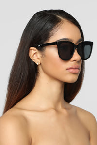 Just Saying Sunglasses - Black