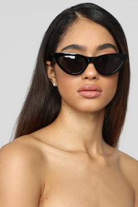 All You Need Sunglasses - Black