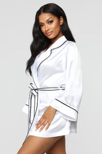 Bride Robe - White/Black