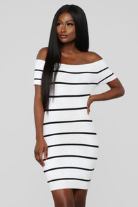 Just Met Me Stripe Mini Dress - White/Black