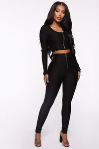 Out My Way Long Sleeve Zipper Top - Black