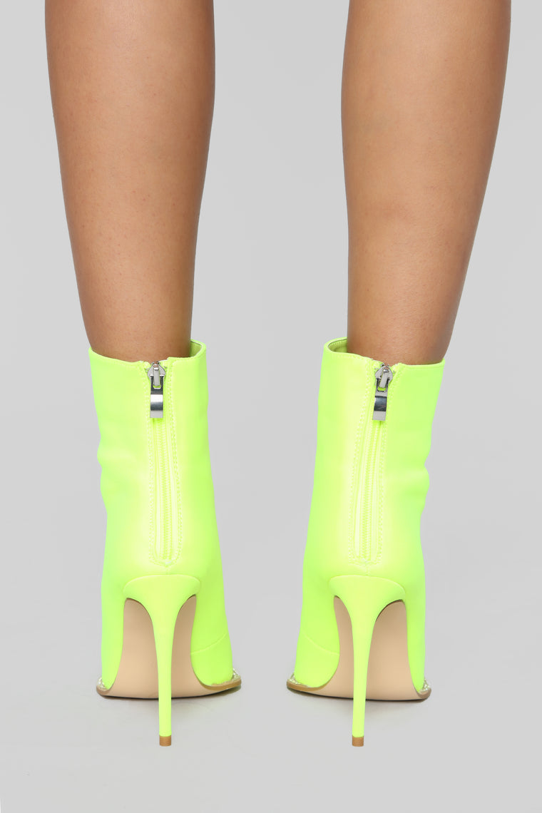On The Rocks Heeled Boot - Lime