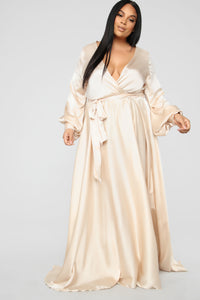 Mansion Living Maxi Dress - Champagne