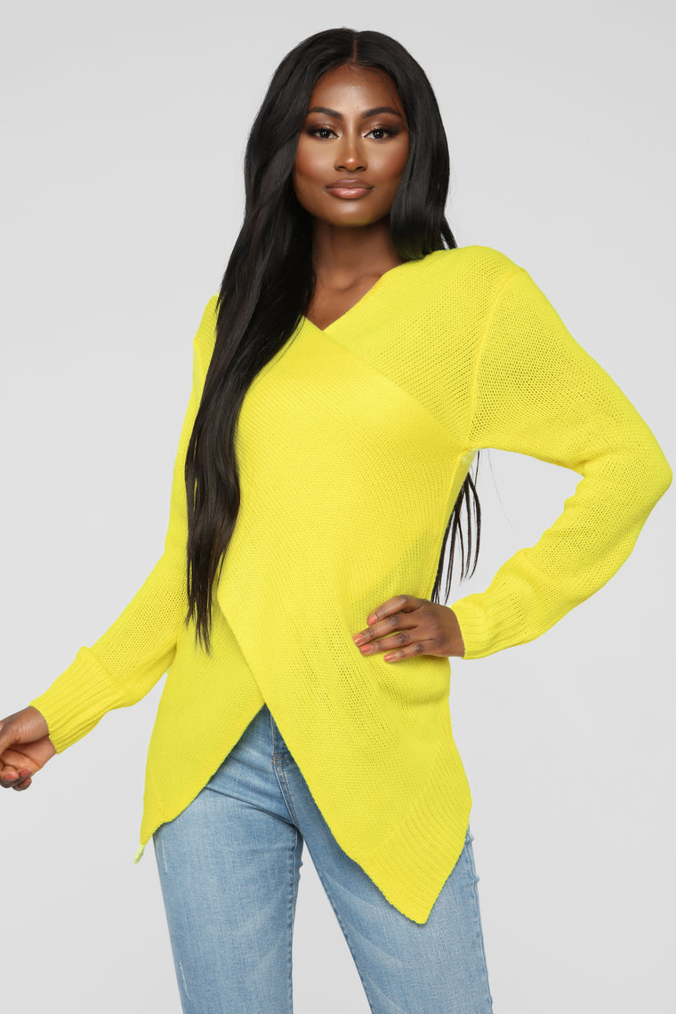 Cross My Way Sweater - Yellow