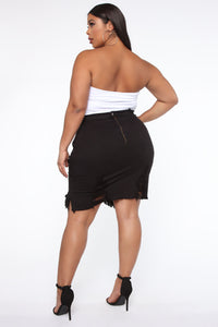 Live 2 Luv Distressed Mini Pencil Skirt - Black Angle 11