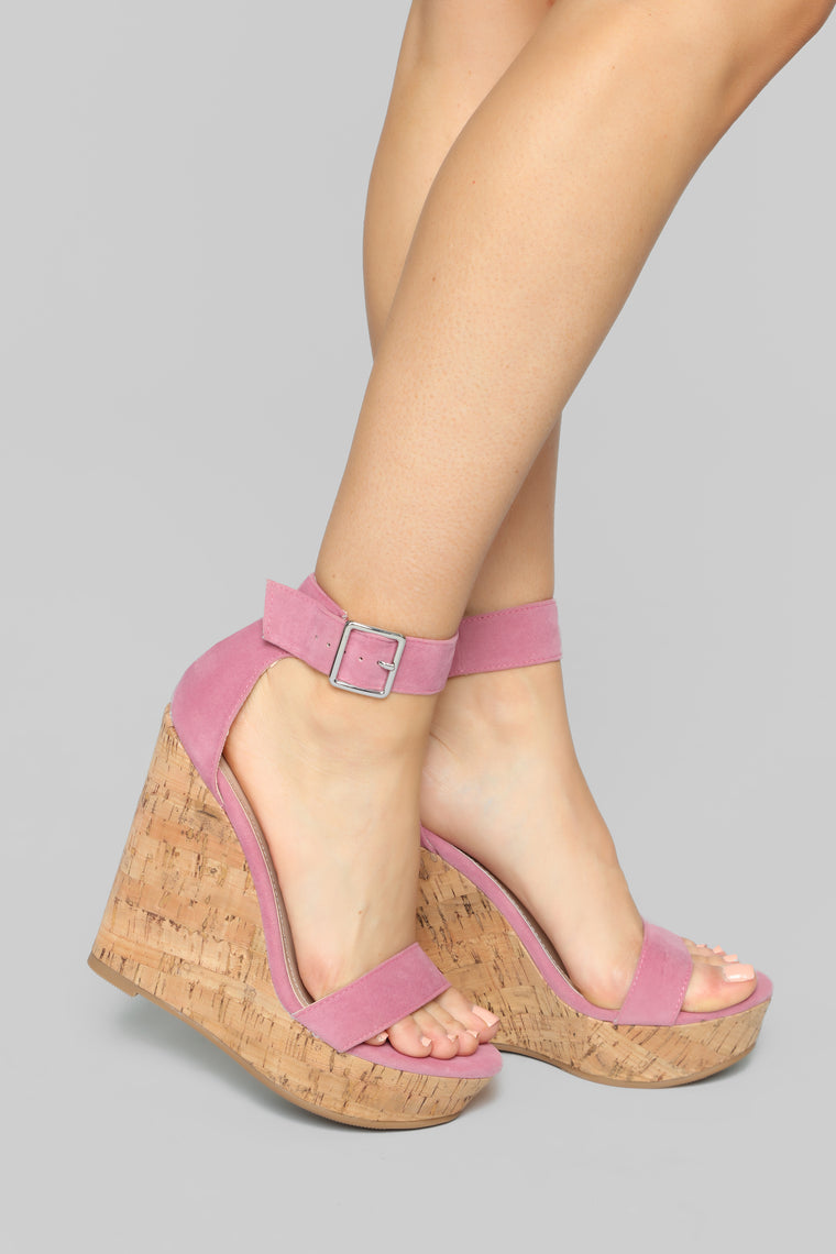 Just A Distraction Wedges - Pink