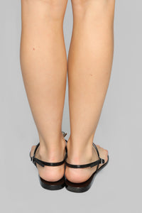 Extra Chic Flat Sandals - Black