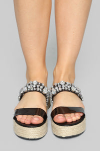 Risk It All Flat Sandals - Black