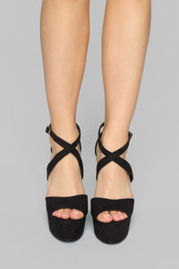 Unbothered Heeled Sandals - Black