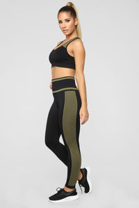 Leighton II Active Legging - Black/Olive