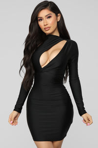 Only Here Tonight Cut Out Dress - Black