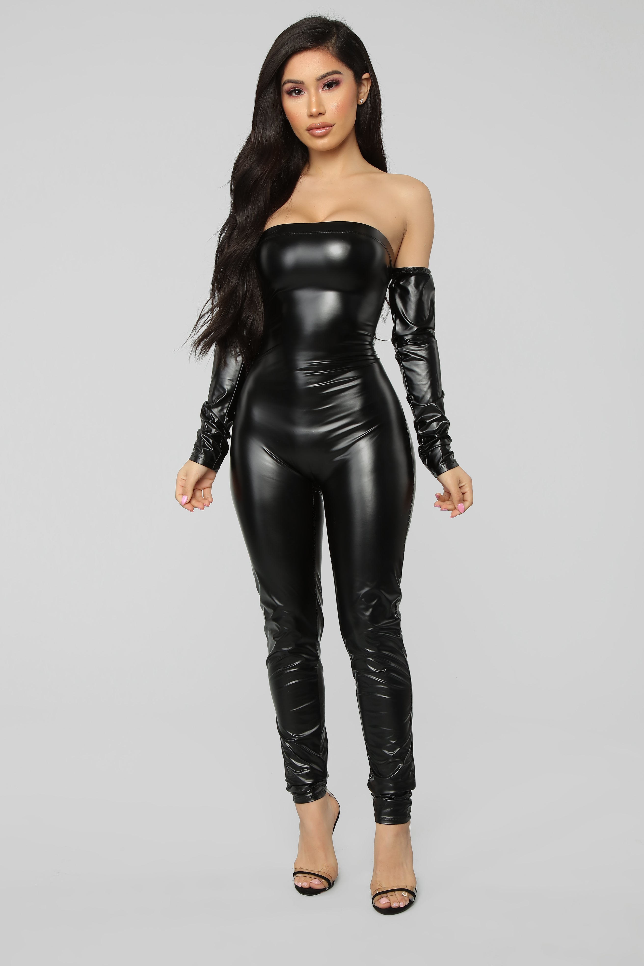 1072bfb91355f https://www.fashionnova.com/products/victoria-high-waisted-dress ...