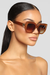 Well Deserved Sunglasses - Jelly Brown