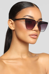 Totally Fine Sunglasses - Black