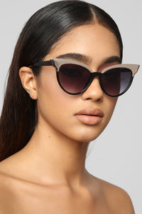 Intuition Sunglasses - Black
