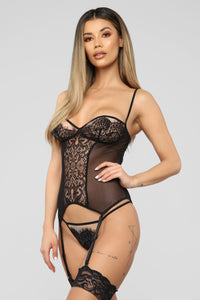 Play Some Games Lace 2 Pieces Set - Black
