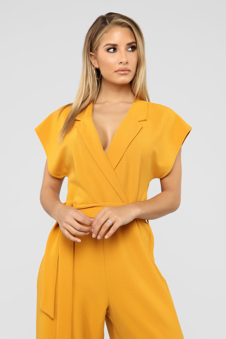 Power Motives Jumpsuit - Mustard