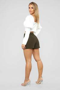 Out For The Day Linen Shorts - Olive Angle 6