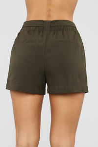 Out For The Day Linen Shorts - Olive Angle 5