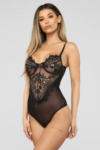 Amber Lace Bodysuit - Black