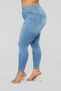 Move In Stretch Skinny Jeans - Light Wash