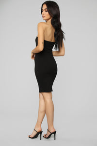 She Has It Made Bodycon Dress - Black
