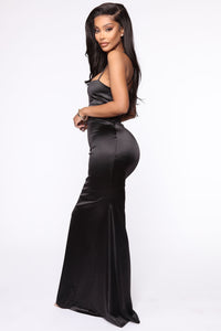 Look This Way Maxi Dress - Black Angle 3