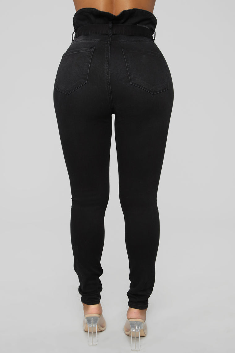 Tying The Knot High Rise Jeans - Black