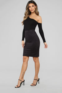 Persuede Me Faux Suede Skirt - Black Angle 3