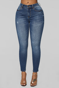 Walk That Way Ankle Jeans - Medium Blue Wash