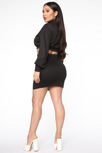Repeating Itself Skirt Set - Black Angle 4