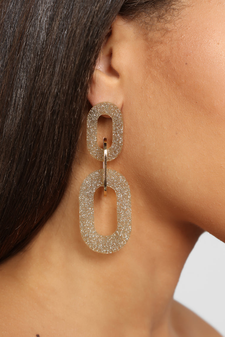 Chained My Ways Earrings - Gold