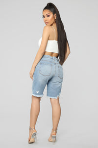 I'm Lovesick Bermuda Shorts - Light Blue Wash