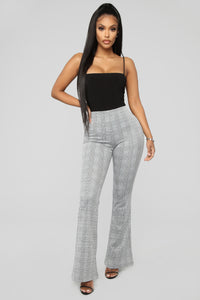 Bounce It Pull On Flare Pant - Black/White