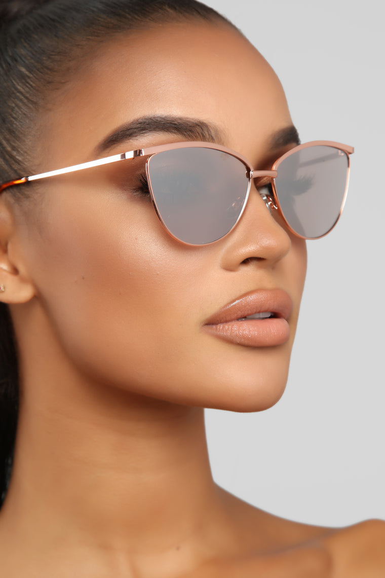 Caught Off Guard Sunglasses - Rose Gold