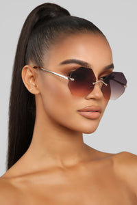 Sweeter Than Sugar Sunglasses - Grey/brown