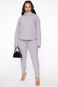 Cowler Than You Pant Set - Heather Grey Angle 9