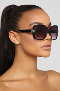 Unforgiven Sunglasses - Black