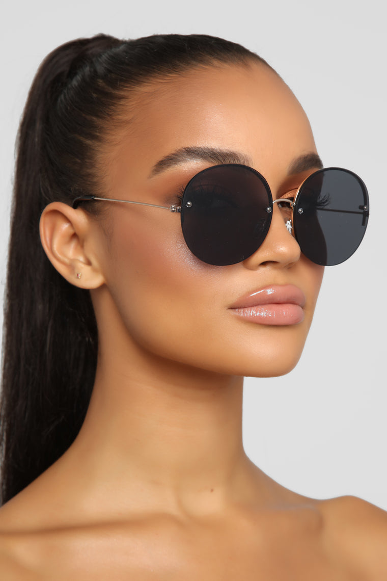 In All The Feels Sunglasses - Gold