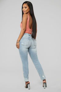You Wouldn't Believe Distressed Mom Jeans - Light Blue Wash
