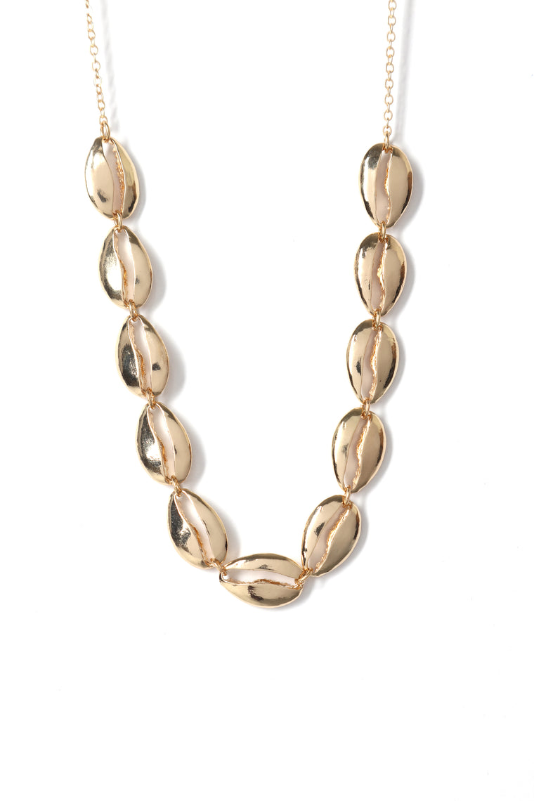 Shell Find Out Necklace - Gold