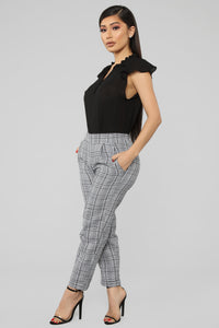 Plaid To Win Pants - Black/White