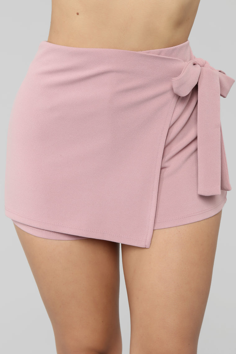 Have We Met Before Skort - Pink