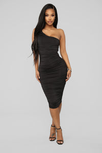 Barely Know Me One Shoulder Midi Dress - Black Angle 1