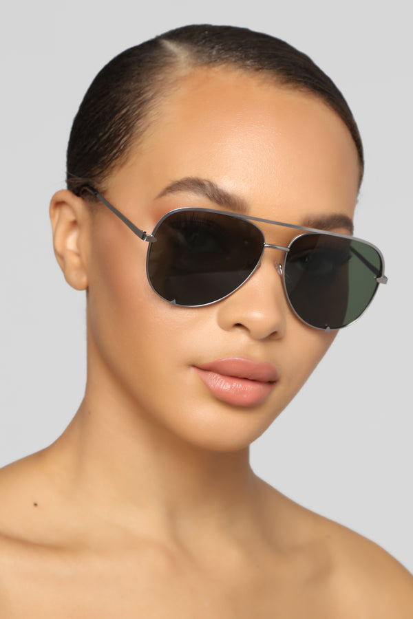 19e66e272dbf The Warwick Sunglasses - Silver