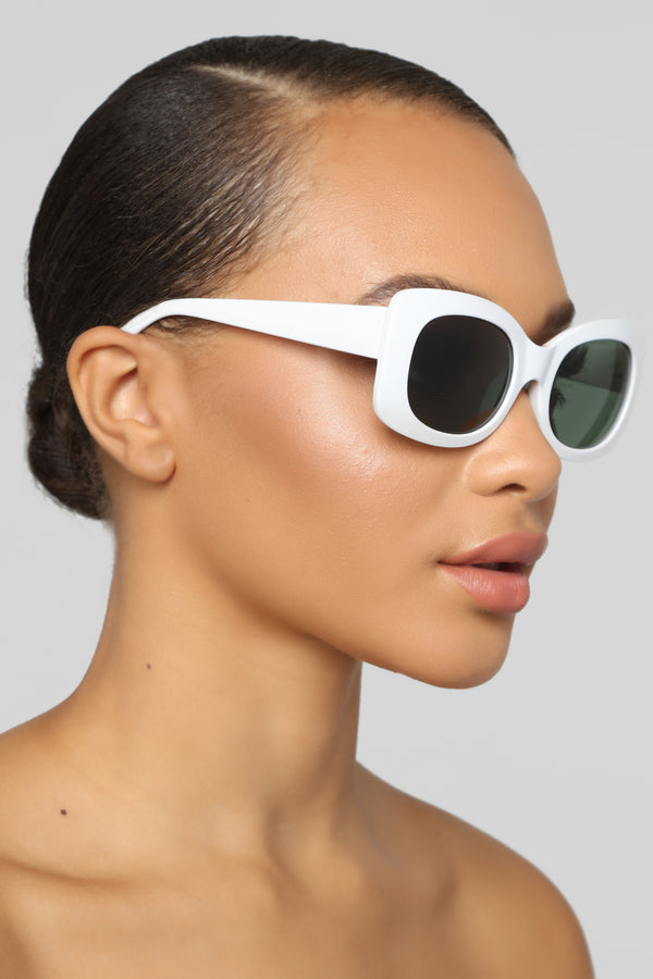 f03ca4939d923 Try Later Sunglasses - White