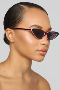 Zaneya Cat Eye Sunglasses - Orange