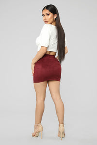 Melanie Hip Faux Suede Mini Skirt - Burgundy
