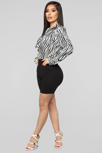 Fast Track Life Top - Black/White